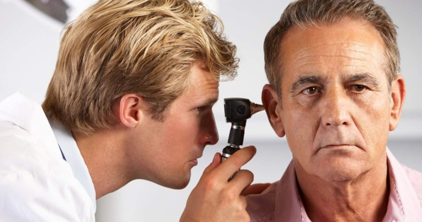 what does an audiologist do